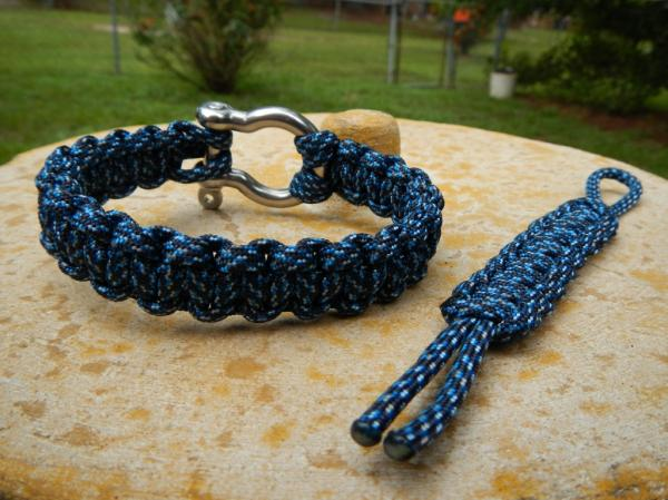 blue-snake-shackle-1024x768-88.jpg